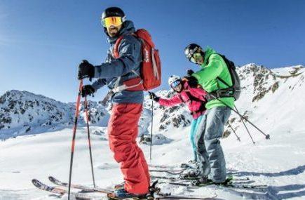 Singles Skifahrer