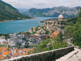 Single Parents on Holiday - Bucht von Kotor about Image 1