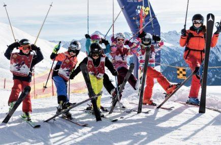 Skischule am Hintertuxer Gletscher