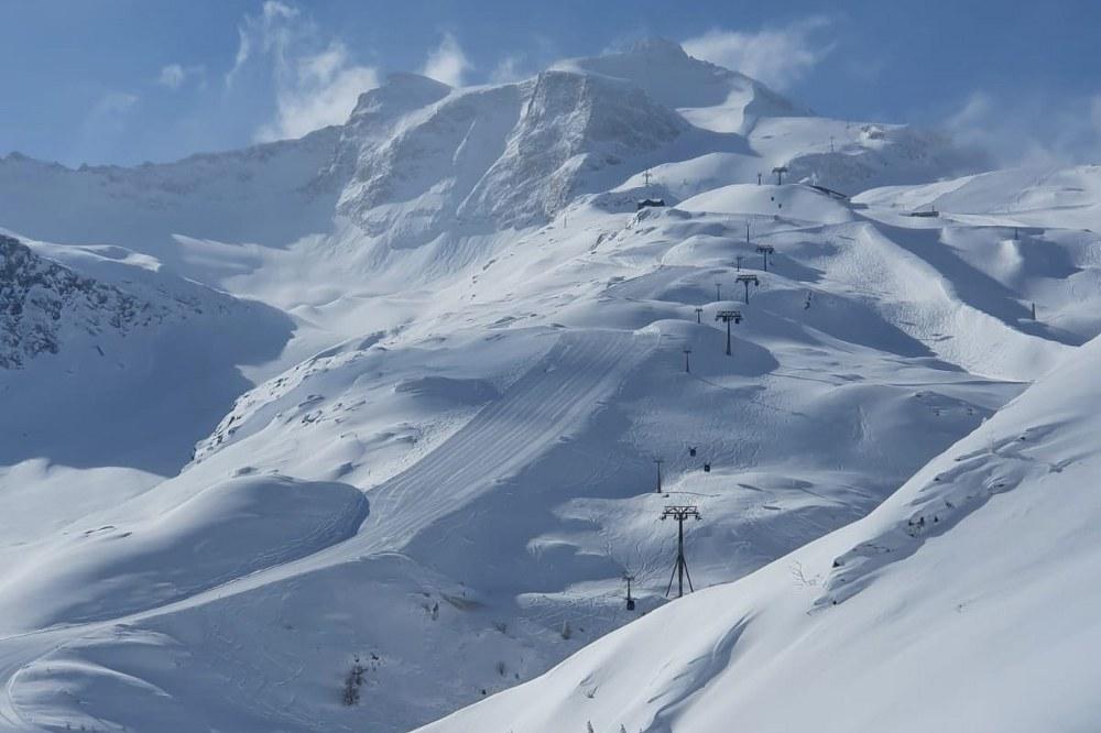 Lift am HIntertuxer Gletscher